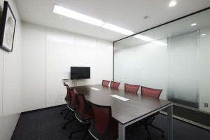 Roppongi_501会議室(8名用ガラス)